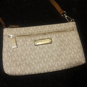 Michael Kors east 1981 purse